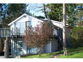 First Waupaca Chain O' Lakes Property Sale for 2013 – Columbia Lake