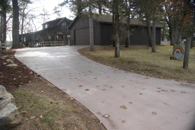 Waupaca Chain O Lakes Real Estate run up to house