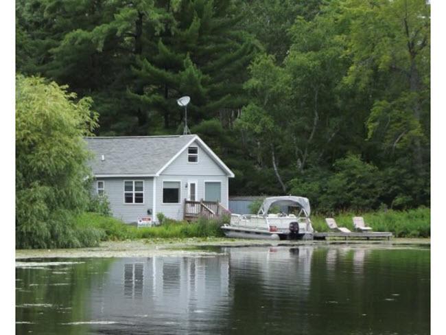 Copy of Waupaca Chain O Lakes Bass Water side 650