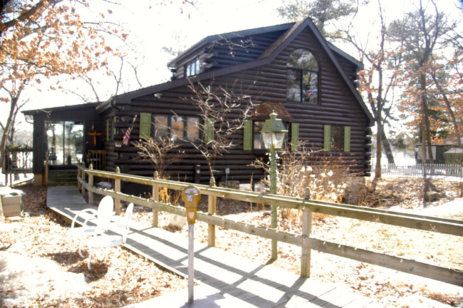 Waupaca Chain, Rainbow Lake Home Finally Sells