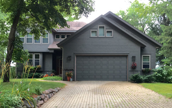 Large Home Sells Quickly on Rainbow Lake
