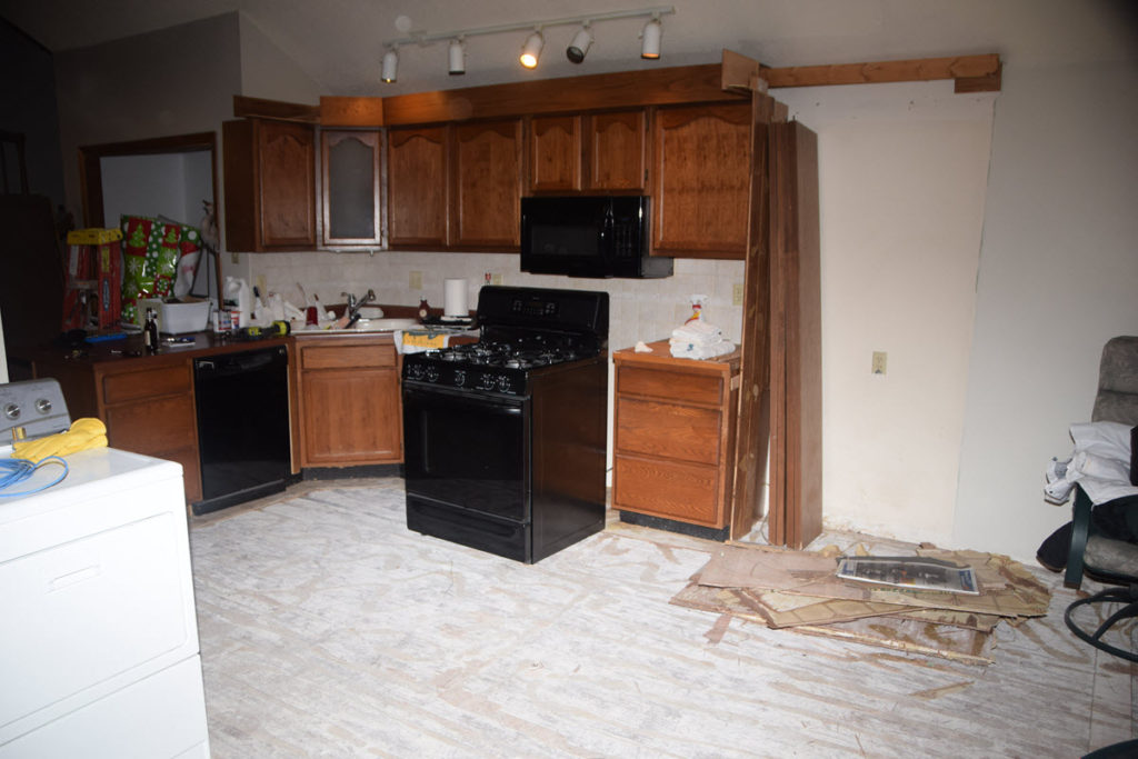 kitchen from L R 1200