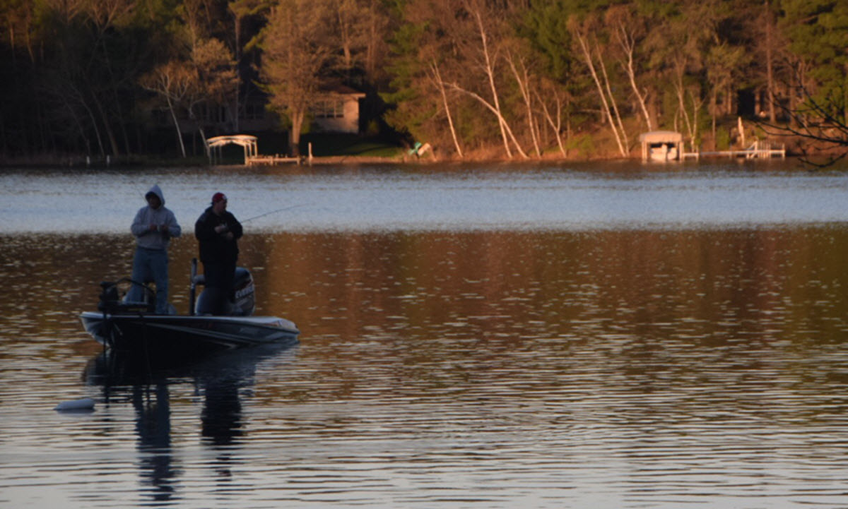 Fishing Season Gets Started on the Waupaca Chain