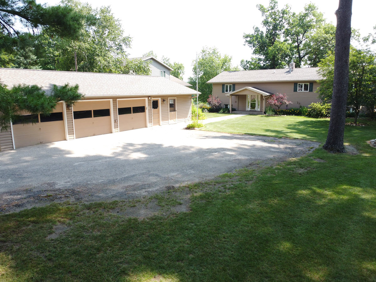 Waupaca Chain Sunset Lake Property – For Sale